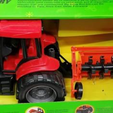 Tractor cu remorca. Nou! Sigilat!