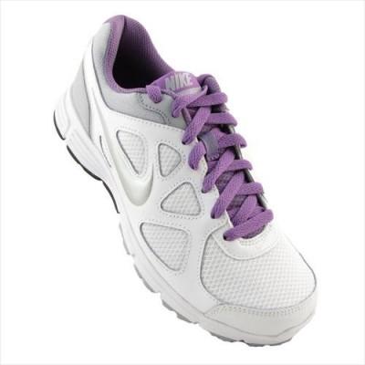 Adidasi Femei Nike Wmns Revolution 488148102 foto