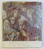 TAPISSERIES ANCIENNES DU MUSEE DE L' ERMITAGE par NINA BIRIOUKOVA , PHOTO par WERNER FORMAN , 1965