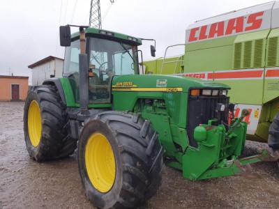 Tractor John Deere 8210 Premium, an 2001, AC, 4x4. IMPORT 2020. foto