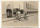 C897 Biciclisti pe biciclete Romania
