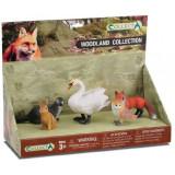 Set 5 figurine animale din padure Collecta, plastic cauciucat, 3 ani+