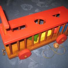 A758-Jucarie vintage Romania RSR-Locomotiva tren. Piese din lemn lego.