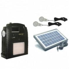 Kit Incarcator Urgente cu Panou Solar Radio FM USB MP3 GdLite GD8052
