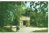 carte postala-CONSTANTIN BRANCUSI-Targu Jiu-Poarta sarutului