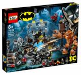 LEGO Super Heroes, Invazia lui Clayface in Batcave 76122