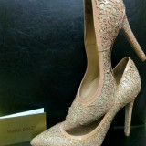 Pantofi stiletto bej auriu Sofia Baldi mărimea 38, Cu toc