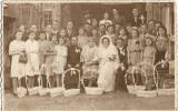 Fotografie nunta costum popular romanesc mire mireasa preot