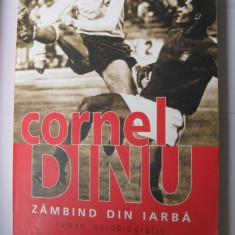 Dinamo Bucuresti - carte de sport (Cornel Dinu - Zambind din iarba)
