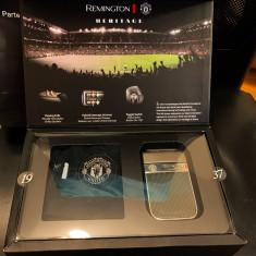 Aparat de ras REMINGTON Heritage Manchester United Edition HF9050