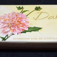Cutie veche comunista de colectie DALIA  - Bomboane fine de ciocolata 1982