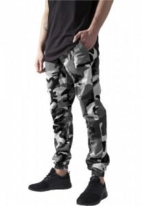 Pantaloni jogger barbati - camuflaj deschis Urban Classics XL EU