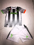 Compleu Echipament  pt. copii Juventus RONALDO model 2019-2020