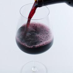 Vin Merlot (rosu) natural foto