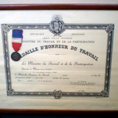 T.075 FRANTA MEDALIA DE ARGINT CU BREVET MEDAILLE D'HONNEUR DU TRAVAIL