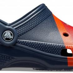 Saboți Adulti Unisex casual Crocs Classic Seasonal Graphic Clog, Albastru, 36.5 - 39.5, 41.5 - 43.5, 45.5, 46.5