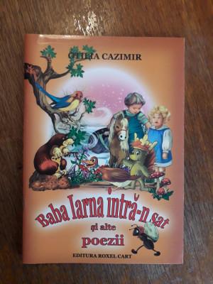 Baba Iarna intra-n sat - Otilia Cazimir / R8P5F foto