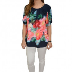 Bluza eleganta, maneca scurta, design floral pe fundal bleumarin