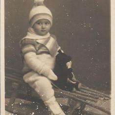 Fotografie copil sanie studio Angelo Oradea 1933 interbelica veche poza