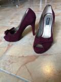 Vand pantofi dama GEMELLI marimea 35 ca noi, Violet, Cu toc