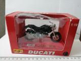 bnk jc Maisto Ducati 1/18 - in cutie