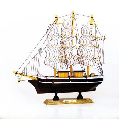 Corabie cu panze 22 cm foto