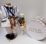 Cumpara ieftin Set Botez Traditional Raul 14 - 3 piese Botez Traditional : costumas, lumanare si cufar