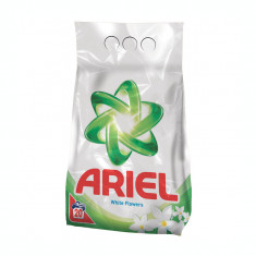 Detergent Ariel automat 2 kg