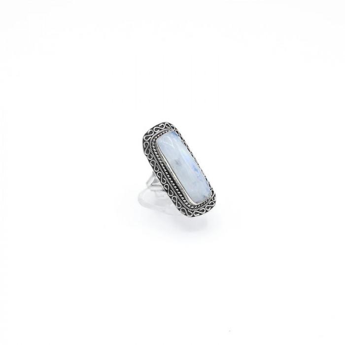 Inel argint cu piatra lunii