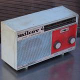 Cumpara ieftin RADIO MILCOV 4 CU 2 GAME SI 9 TRANZISTOARE - VECHI DIN PERIOADA COMUNISTA