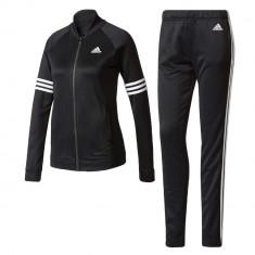 Cozy, Adidas