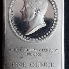 Lingou argint / uncie -  Kennedy / Madison Mint
