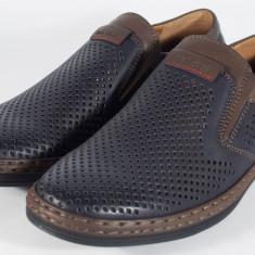 Pantofi bleumarini perforati de vara (cod 061221)