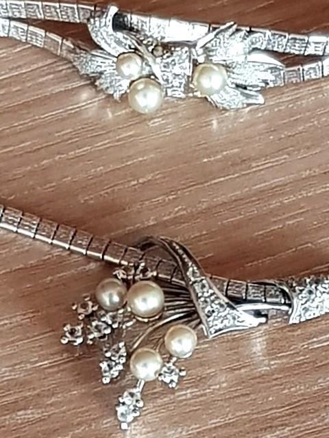 Set argint 835 rodiat - aspect aur alb - bratara si colier - perle naturale