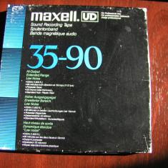 MAXELL-Banda UD XL 35-90, 1800 ft/550 m, pe rola metal 18 cm Akai, excelenta
