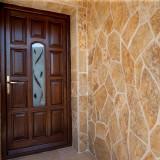 Limestone poligonal Macedonia Crem (1mp = 10-15buc)