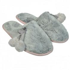Papuci imblaniti de dama, model cu ciucurei, marime 36-37, gri