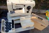 Masina de cusut Nicoleta Cu Accesorii Tip Carcasa cu Maner Vintage Comunism RSR