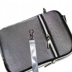 Husa tip Borseta pentru tableta de 7 inch, cu fermoar, 2 compartimente, Gri