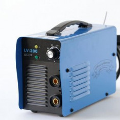 Invertor MICUL FERMIER LV-200 ALBASTRU