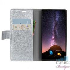 Husa Flip Cu Stand Motorola Moto E5 Plus Argintie