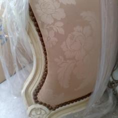 pat frantuzesc stil corbeille,lucrat manual,lemn,tapiterie matase(doar cadrul)