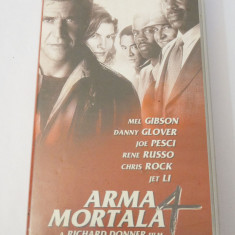 Caseta video VHS originala film tradus Ro - Arma Mortala 4