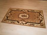 Carpeta de interior 110 cm x 60 cm, in stare foarte buna!
