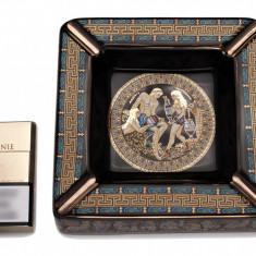 Scrumiera patratara 17x17 cm, foita aur 24k, lucrata manual,Cod Produs:464