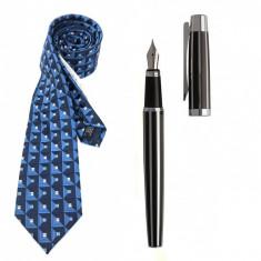 Cadou Style Blue Cravata Matase si Stilou Ungaro Desk