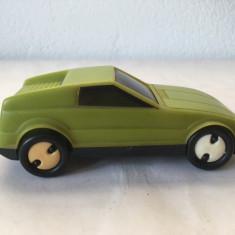 Masina masinuta veche vintage, jucarie plastic verde, 12 cm, romaneasca? GDR?