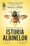 Istoria albinelor, 2017
