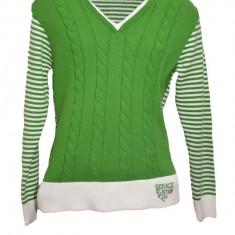 Pulover deosebit, verde-alb, mansete decorate cu accesoriu abstract