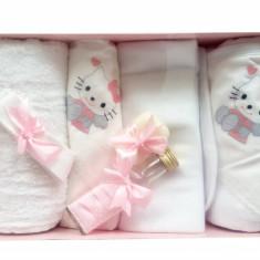 Trusou botez feite cu Hello Kitty - set complet biserica TB99159